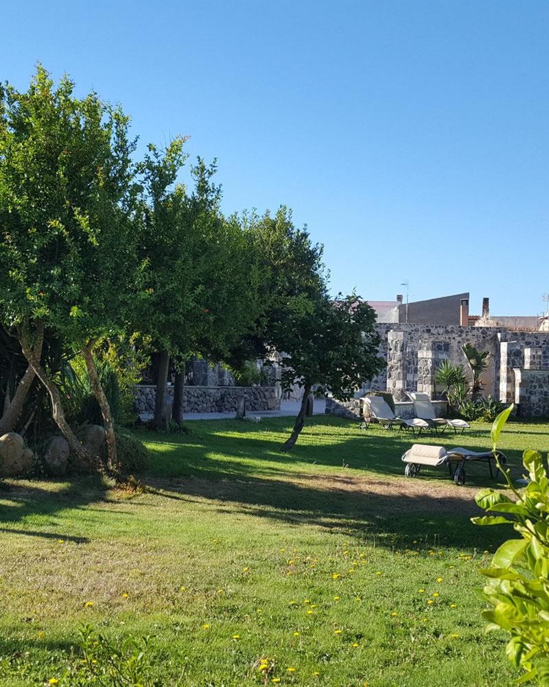 El jardín Hotel Maison Tresnuraghes